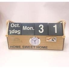 Настенный календарь с часами
