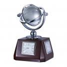 Настольные часы с глобусом
